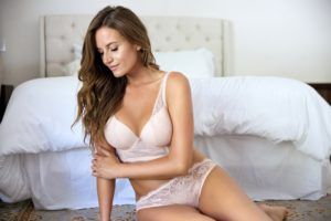 Sandrine_PlungeLonglineBraP5351_BrazilianThongP5354_CameoRose(3)